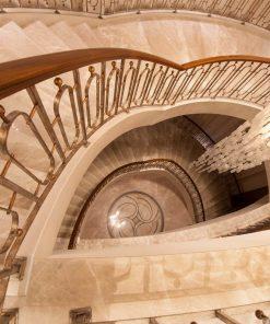 bej mermer merdiven